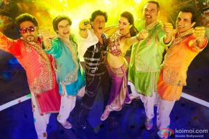 World-Dance-Medley-Happy-New-Year-Video-Song-Download-300x200